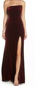 Xscape strapless velvet gown size 12